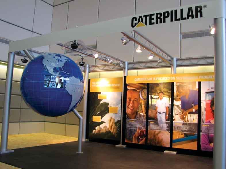 caterpillar-display-2